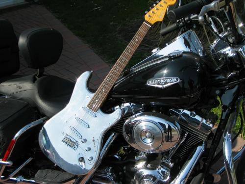 Chrome Strat/ Harley