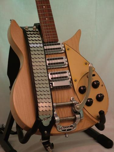 Ric-JL-325VC59-and-Vox-Python-strap